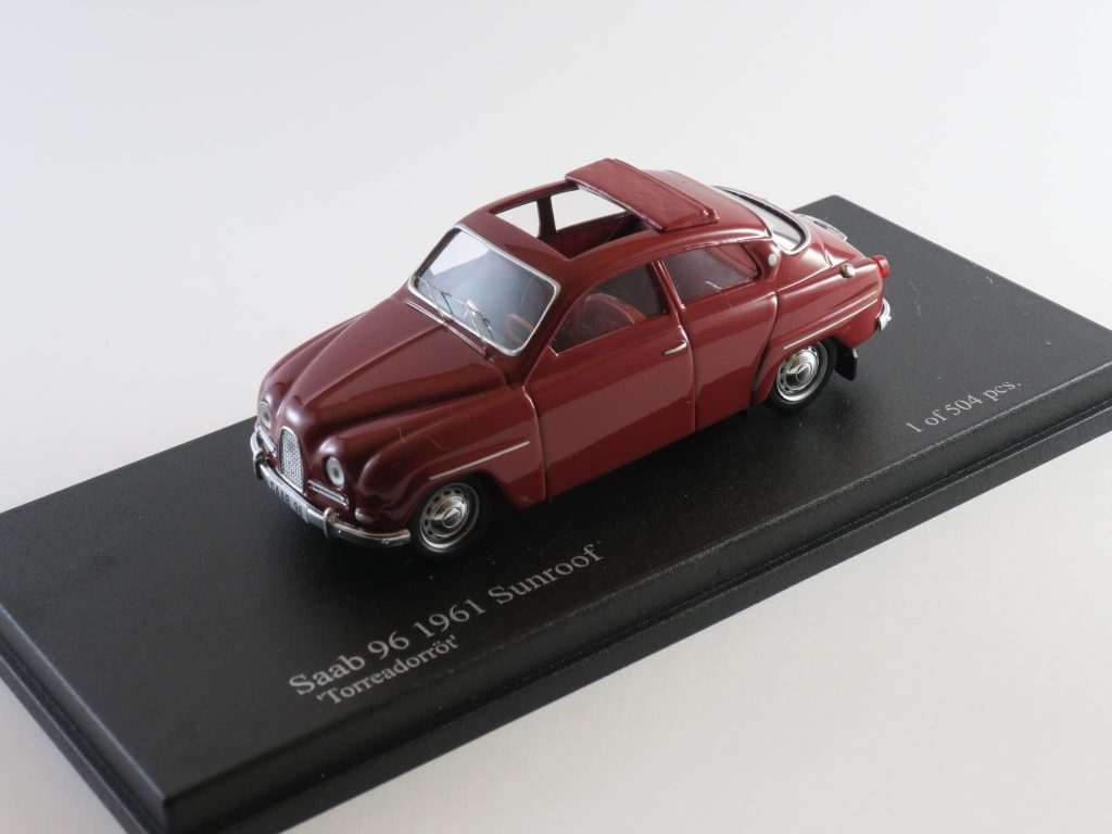 Saab 96 sunroof two-stroke 1963 – The Nordic Collection (Troféu)