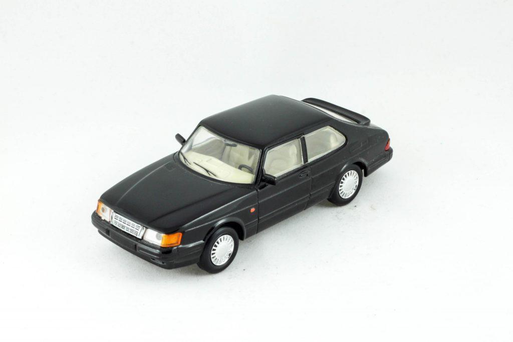 "Saab 900 Coupé 1989 – Universal Hobbies ""del Pradro"""
